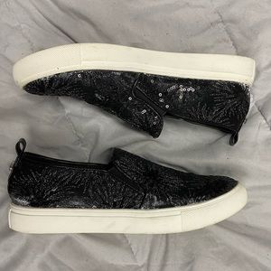 BOGO FREE⚡️Steve Madden slip on sneakers 'Crackle'